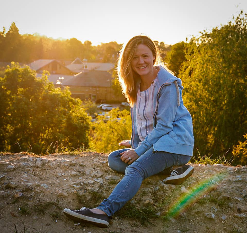 <h5>Lauren Smith</h5><p></p>