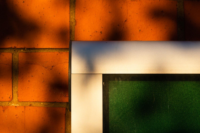 <h5>Paul Weaver - Contrasing Colours</h5><p></p>