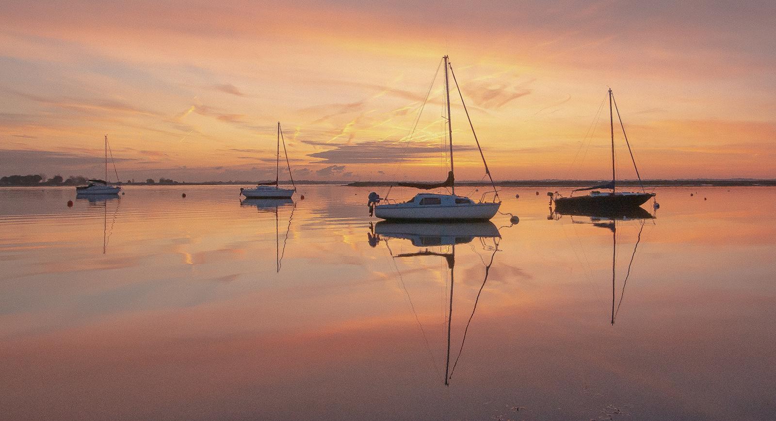 <h5>Heybridge Tranquility at Dawn</h5><p>Trevor Partridge - Beginner</p>