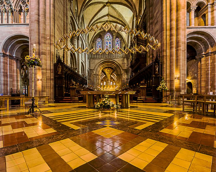 Andrew Macpherson(Alter and suspended _crown_ Hereford Cathedral)